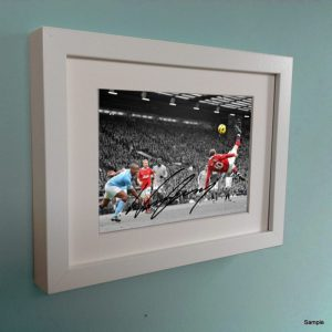 Wayne Rooney Overhead. Signed Manchester United Picture Photo Photograph Frame. Autographed Reprint. 6×4.
