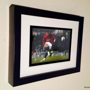 Cristiano Ronaldo Free Kick. Signed Manchester United Photo Picture Photograph Frame. Autographed Reprint. 7×5.