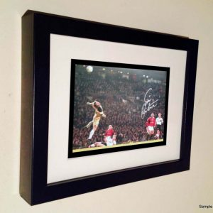 Eric Cantona Chip. Signed Manchester United Photo Picture Photograph Frame. Autographed Reprint. 7×5.
