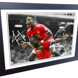 Paul Pogba Romelu Lakaku. Signed Manchester United Photo Picture Photograph Frame. Autographed Reprint. A4 Size (12 x 8).