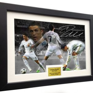 Cristiano Ronaldo. Signed Real Madrid Photo Picture Photograph Frame. Autographed Reprint. A4 Size (12 x 8).